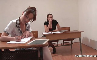 FFM French student lasting anal fucked and fisted in threesome
