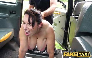 Fake Taxi Hot mature massive tits Milf Josephine James fucks
