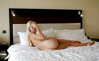 Morning Routine - Lynna Nilsson