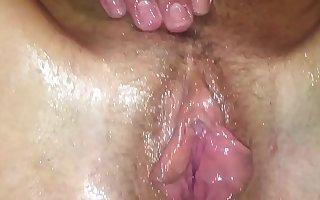 Mastná kunda v koupelně