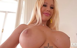 Busty porn bombshell Kyra Hot gets her big boobs fucked enduring for cumshot