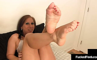 Big Calves Crystal Frost Jacks Off Dick With Her Thick Feet!