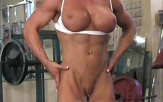 Female Bodybuilder Melissa Dettwiller Gets Naked in rub-down the Gym