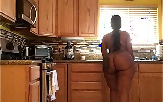 Solo Cherokee big booty cleaning kitchen bare
