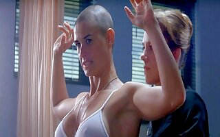 Prex celebs – Demi Moore nude in be transferred to shower