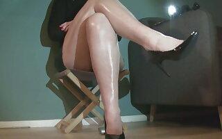 Leggy calf shake.