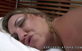 Comme ci Latina MILF Alessandra Maia gets nailed by big dick
