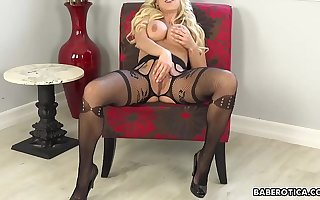 Solo blonde mature, Katie Morgan is eagerly masturbating in 4K