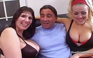 Busty British MILF gets double penetrated