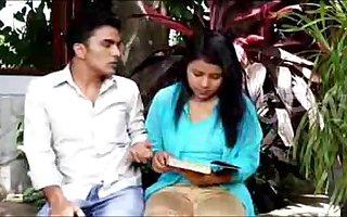Urmila Bhabhi  Hit  Glamour  Hindi Membrane (Low)