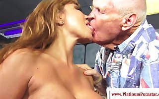 Ava Devine getting mouthfuls be advantageous to cum