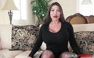 Ava Devine smitten into anal masturbation
